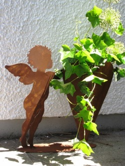 Edelrost dekoration im garten angels garden dekoshop for Engel edelrost