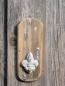 holzbrett mit betonlilie unten zum h ngen angels garden dekoshop. Black Bedroom Furniture Sets. Home Design Ideas