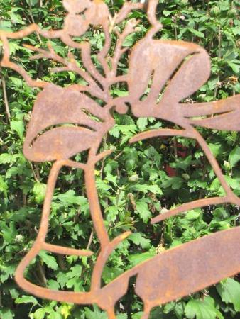 Filigraner edelrost schneekristall laser angels garden for Rostelemente garten