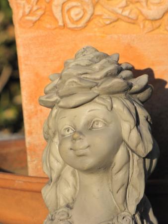 Blumenkind Aster Resin Gartenfigur Terrasse Zauberblume Gartenstecker Blütenkind