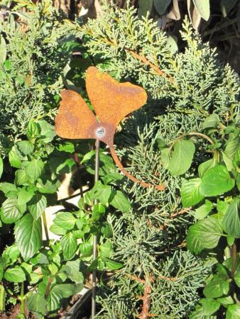 Edelrost Gartenstäbe und rostige Gartenstecker in vielen ...