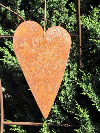 edelrost herz zum h ngen mit kordel angels garden dekoshop. Black Bedroom Furniture Sets. Home Design Ideas