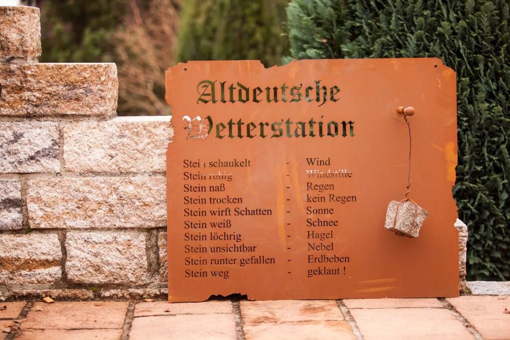 Altdeutsche wetterstation in edelrost angels garden dekoshop for Edelrost gartendeko