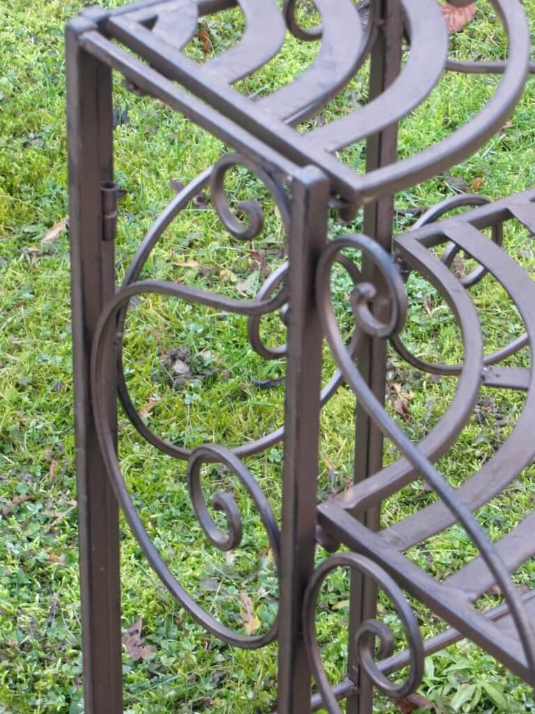 blumentreppe fiori aus metall angels garden dekoshop. Black Bedroom Furniture Sets. Home Design Ideas