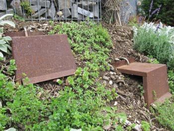edelrost b schungstritte f r hanglage g rten angels garden dekoshop. Black Bedroom Furniture Sets. Home Design Ideas