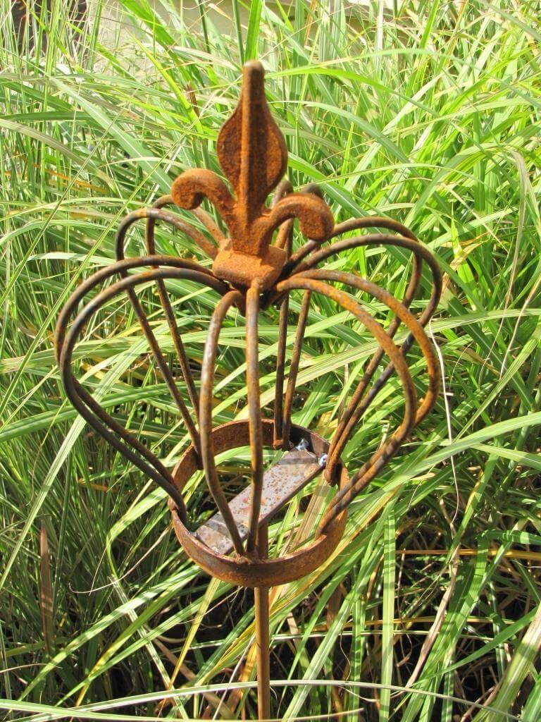 Gartendeko krone finn aus edelrost am stab angels garden for Edelrost gartendeko