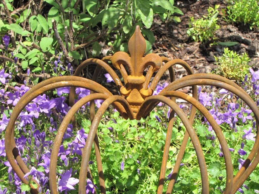 Gartendeko krone finn aus edelrost mittel angels garden for Gartendeko rost krone
