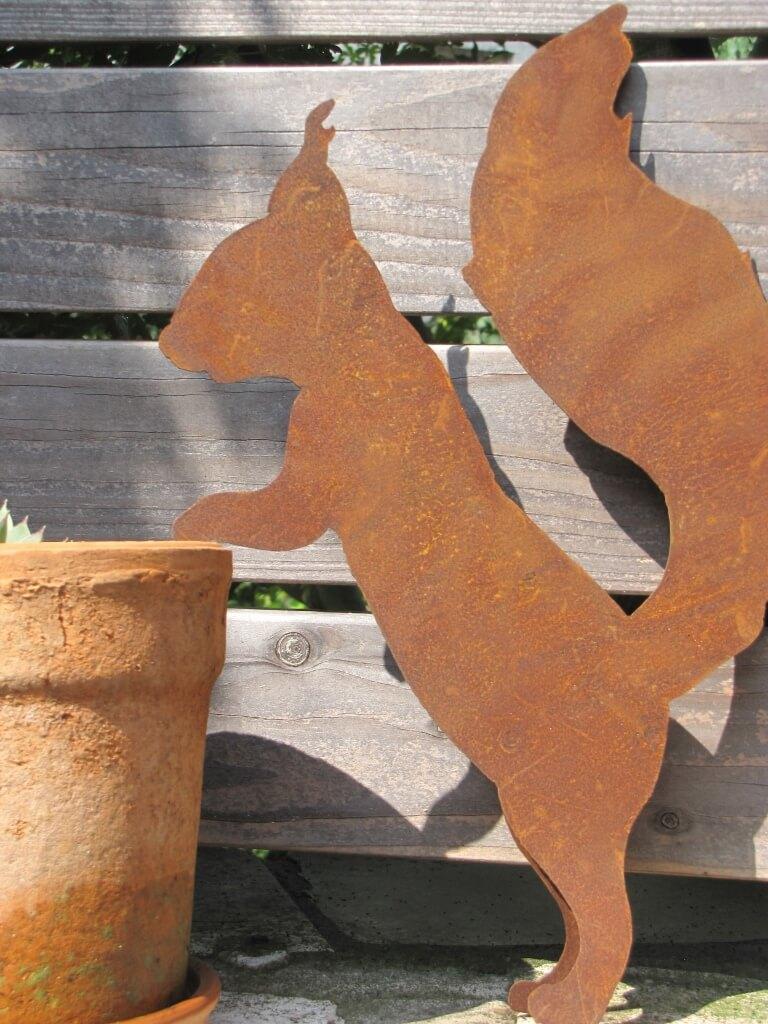 Edelrost eichh rnchen f r topf angels garden dekoshop for Edelrost tiere