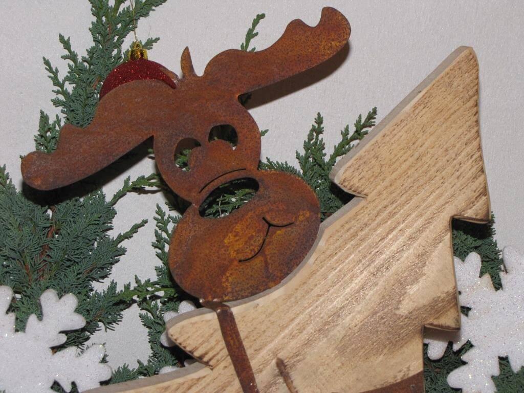 edelrost elch max mit weihnachtsbaum aus holz angels garden dekoshop. Black Bedroom Furniture Sets. Home Design Ideas