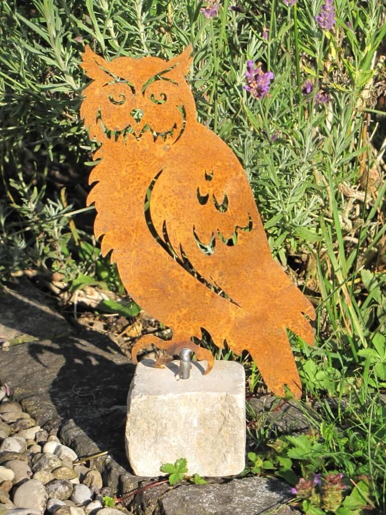Edelrost eule auf steinsockel 20 cm angels garden dekoshop for Edelrost tiere
