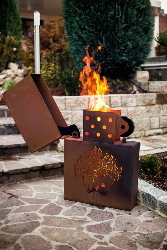 edelrost feuerkorb kartenspiel feuerzeug angels garden. Black Bedroom Furniture Sets. Home Design Ideas