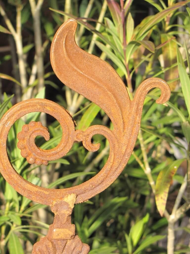 Edelrost gartenstecker ornament blatt aus gusseisen for Edelrost gartenstecker