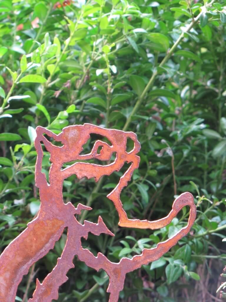 Edelrost streifenh rnchen am stab angels garden dekoshop for Edelrost tiere