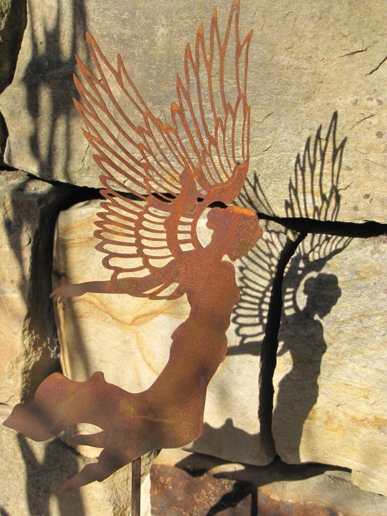 Edelrost gartenstecker engel aurelie angels garden dekoshop for Engel edelrost