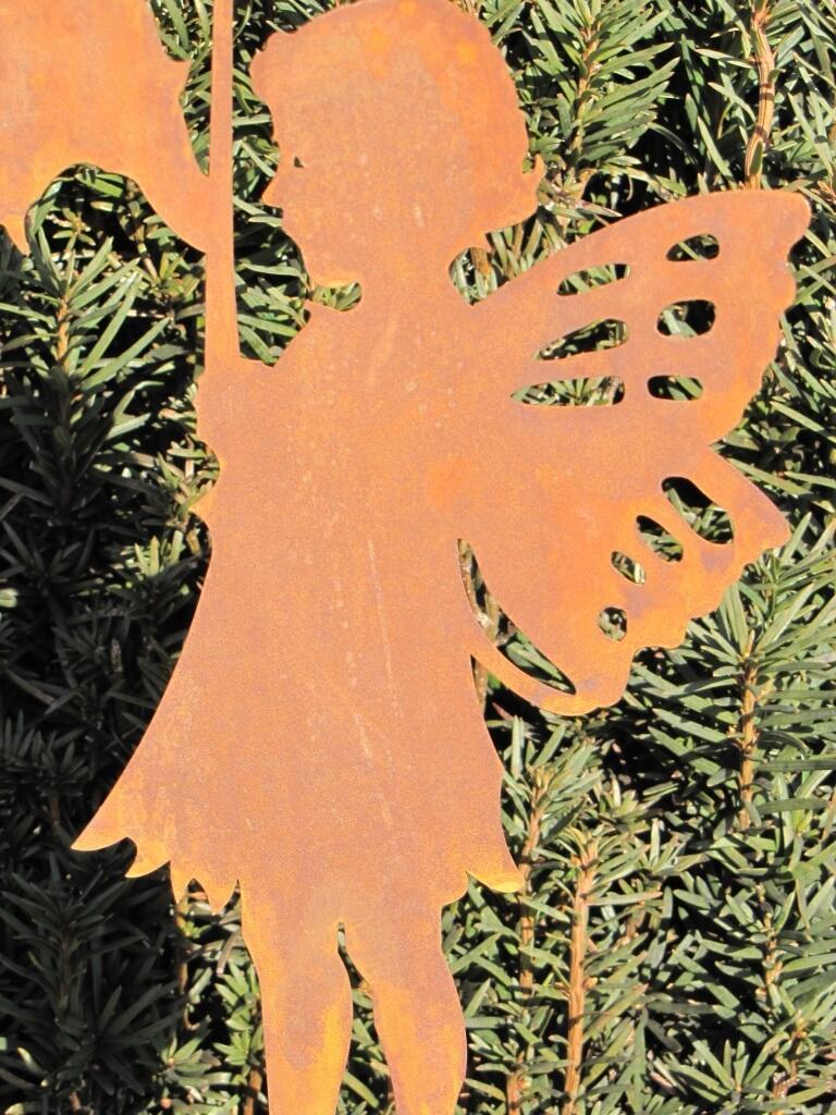 Edelrost gartenstecker m dchen mit blume angels garden for Edelrost gartenstecker
