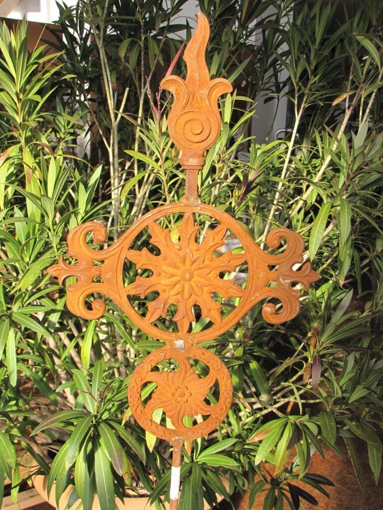 Edelrost gartenstecker ornament sonne aus gusseisen for Edelrost gartenstecker