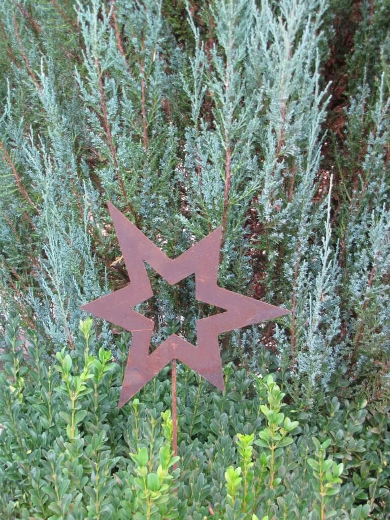 Gartenstecker stern asymmetrisch offen aus edelrost klein for Gartenstecker edelrost