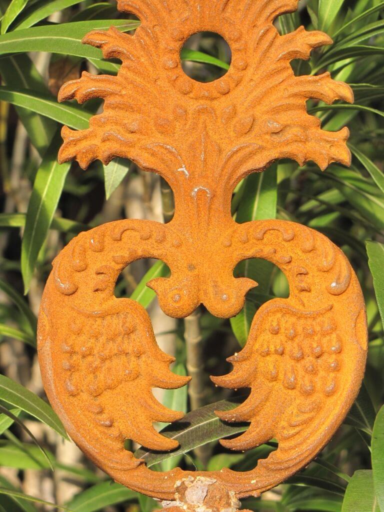 Edelrost gartenstecker ornament vogel und federn aus for Edelrost gartenstecker