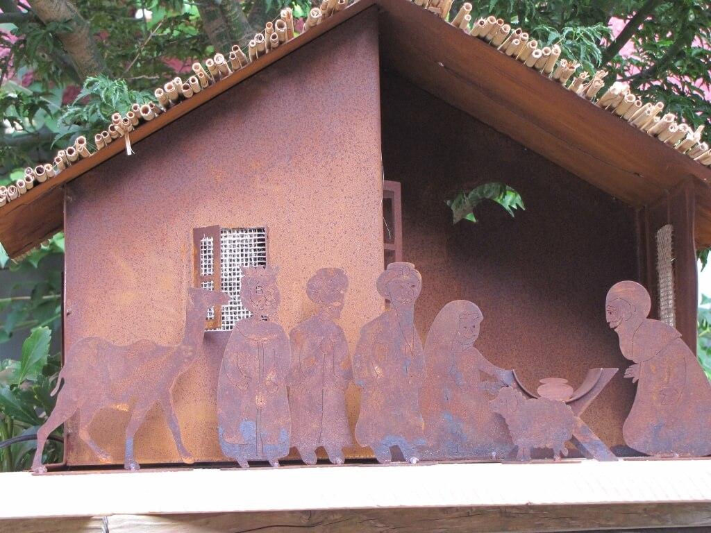 Edelrost krippe mit 8 krippenfiguren angels garden dekoshop for Edelrost figuren