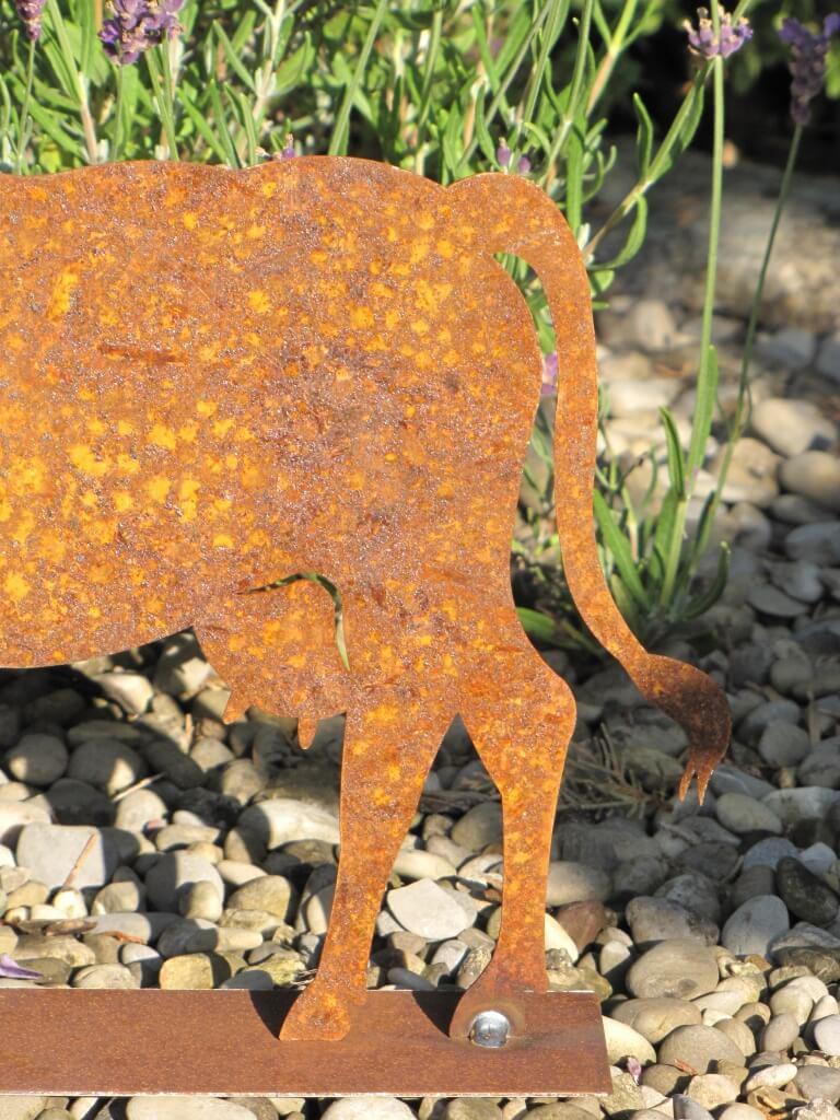 Edelrost kuh auf platte angels garden dekoshop for Tiere aus edelrost