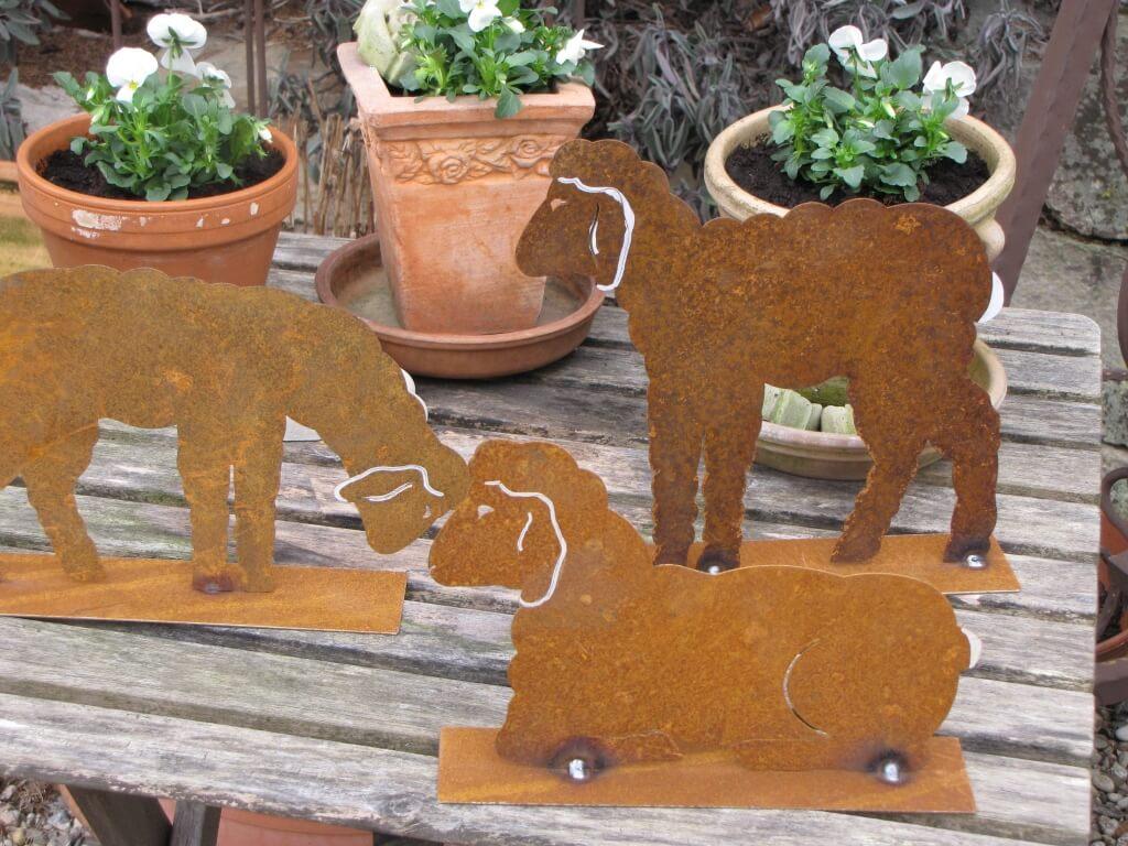 Edelrost schaf liegend angels garden dekoshop for Edelrost tiere