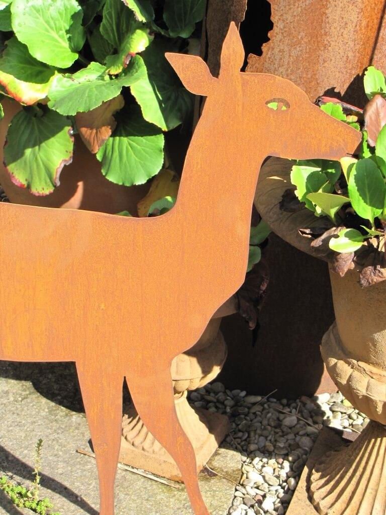 Edelrost reh stehend angels garden dekoshop for Edelrost tiere