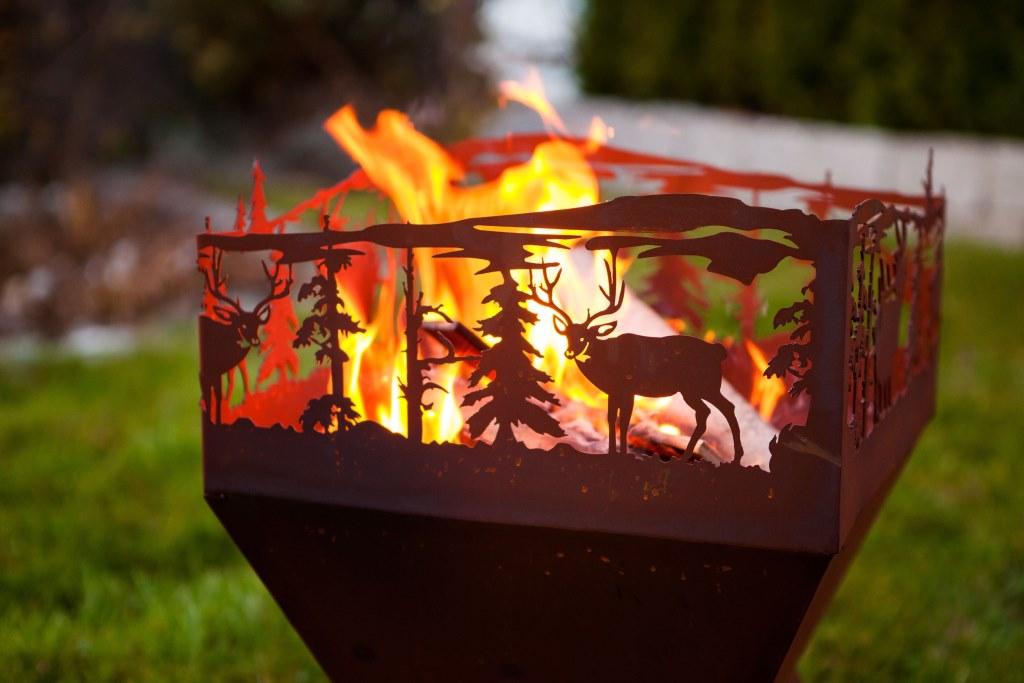 edelrost feuerkorb weihnachtszauber angels garden dekoshop. Black Bedroom Furniture Sets. Home Design Ideas
