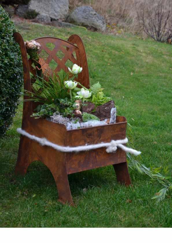 Edelrost metallstuhl zum bepflanzen angels garden dekoshop for Weihnachtsdeko aus rost