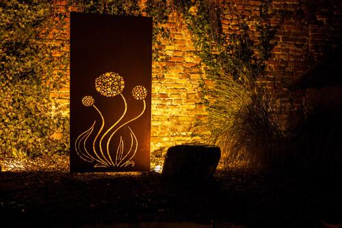 Edelrost sichtschutzwand blume angels garden dekoshop for Edelrost skulpturen garten