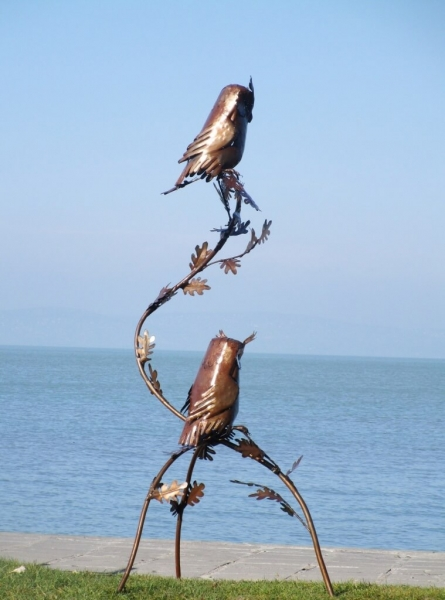 Edelrost oder edelstahl skulptur eulenpaar angels garden for Edelrost skulpturen