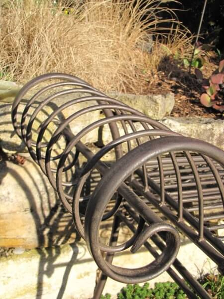 gartenbank panca aus metall angels garden dekoshop. Black Bedroom Furniture Sets. Home Design Ideas