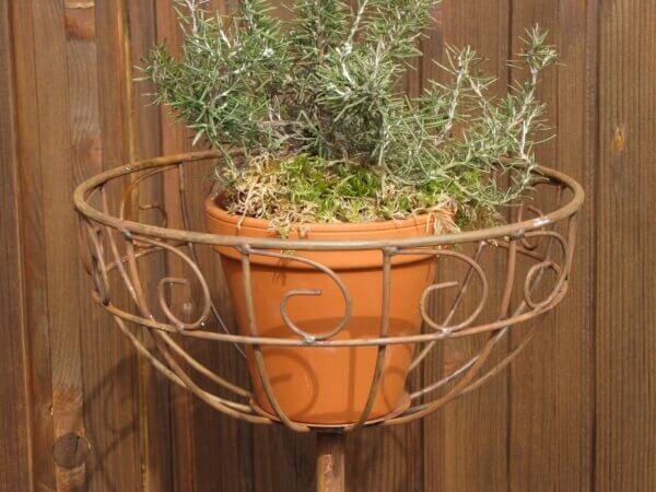 Gartenstecker kugel aus edelrost angels garden dekoshop for Tiere aus edelrost